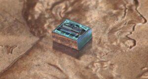 Hajimiri Lensless chip on penny CROP1600 (1)